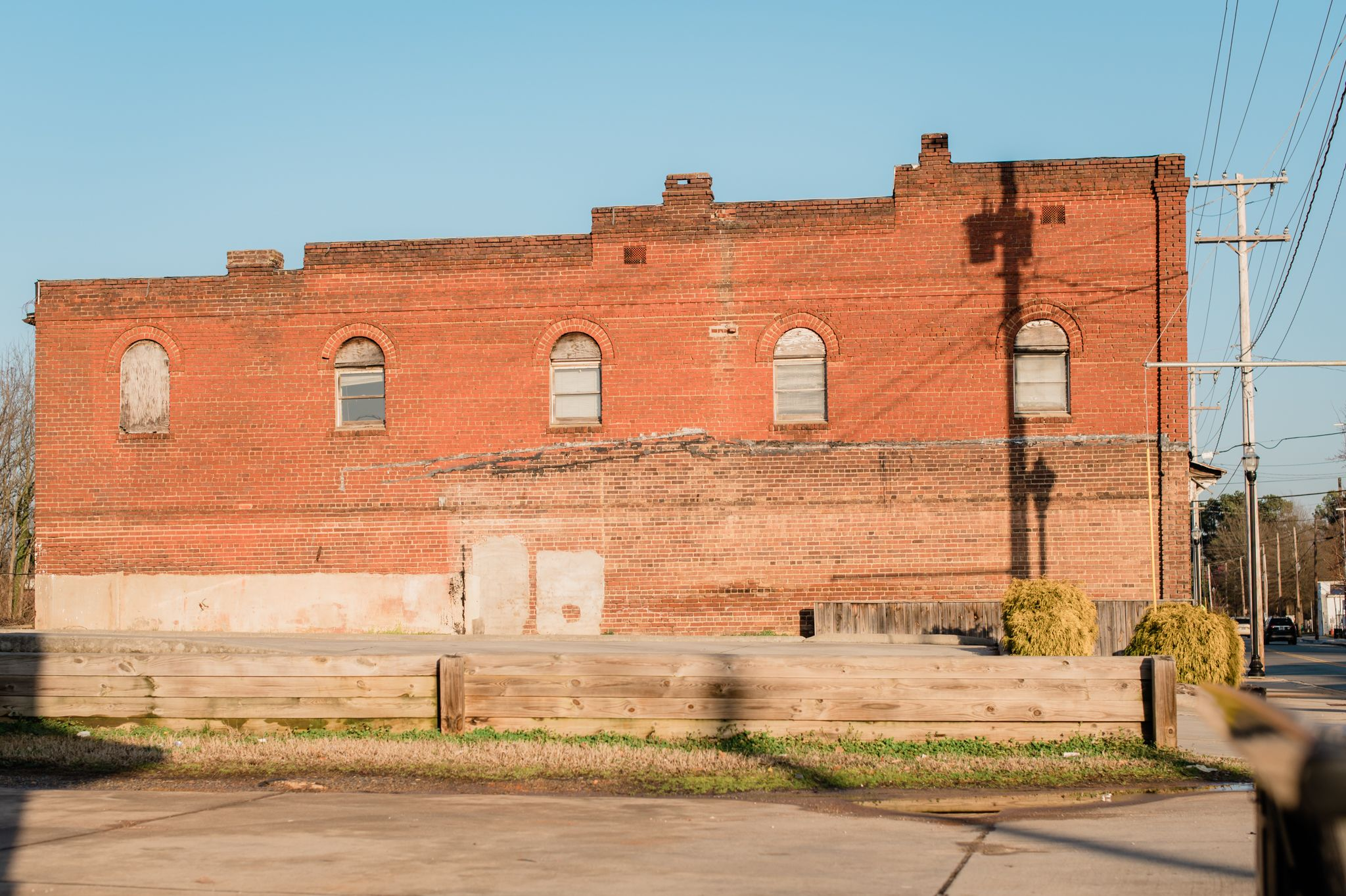 The vacant lot of the Kilby Arcade Building where the Kilby Hotel once stood in High Point, NC.